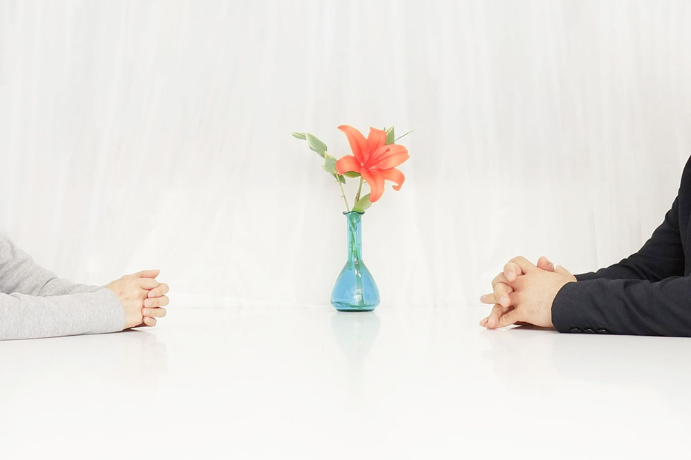 相手に求めることを自分も一緒にするという姿勢を見せる